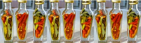 Chili oil vinegar